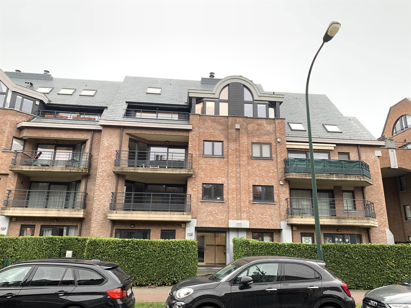 Duplex - Woluwe-Saint-Pierre - #4241616-16