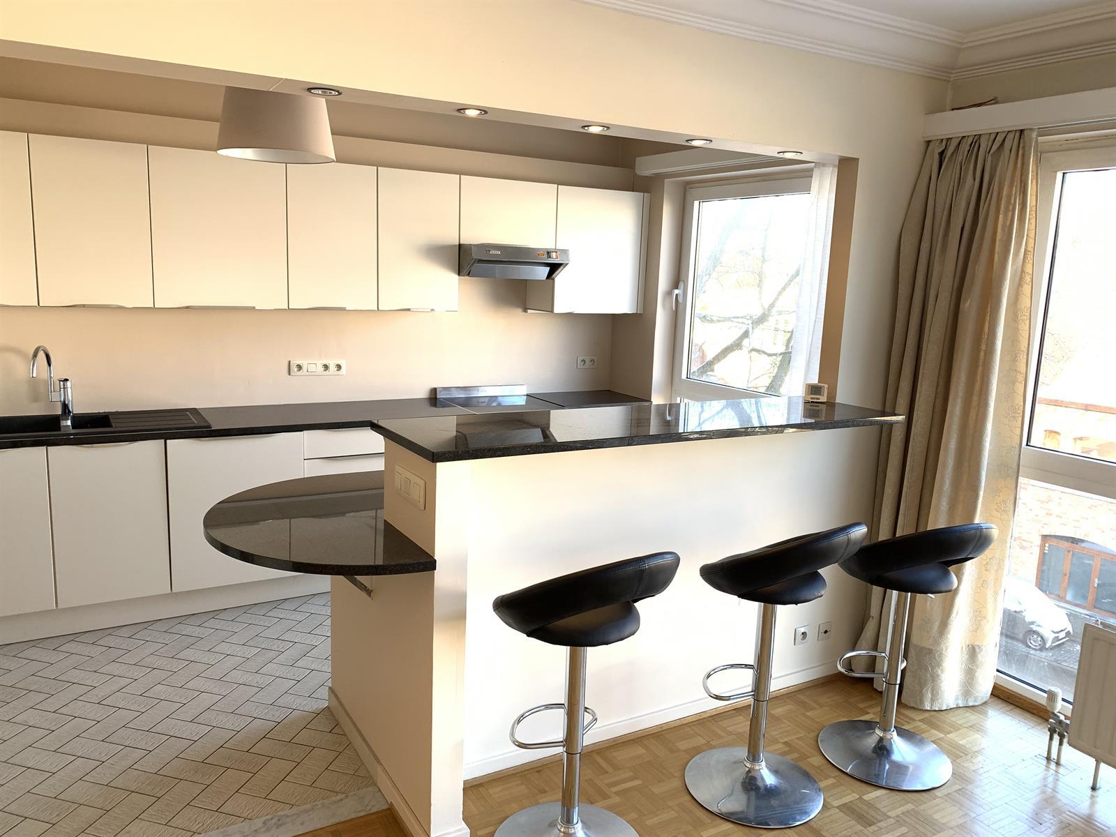 Appartement - Woluwe-Saint-Pierre - #4283207-2