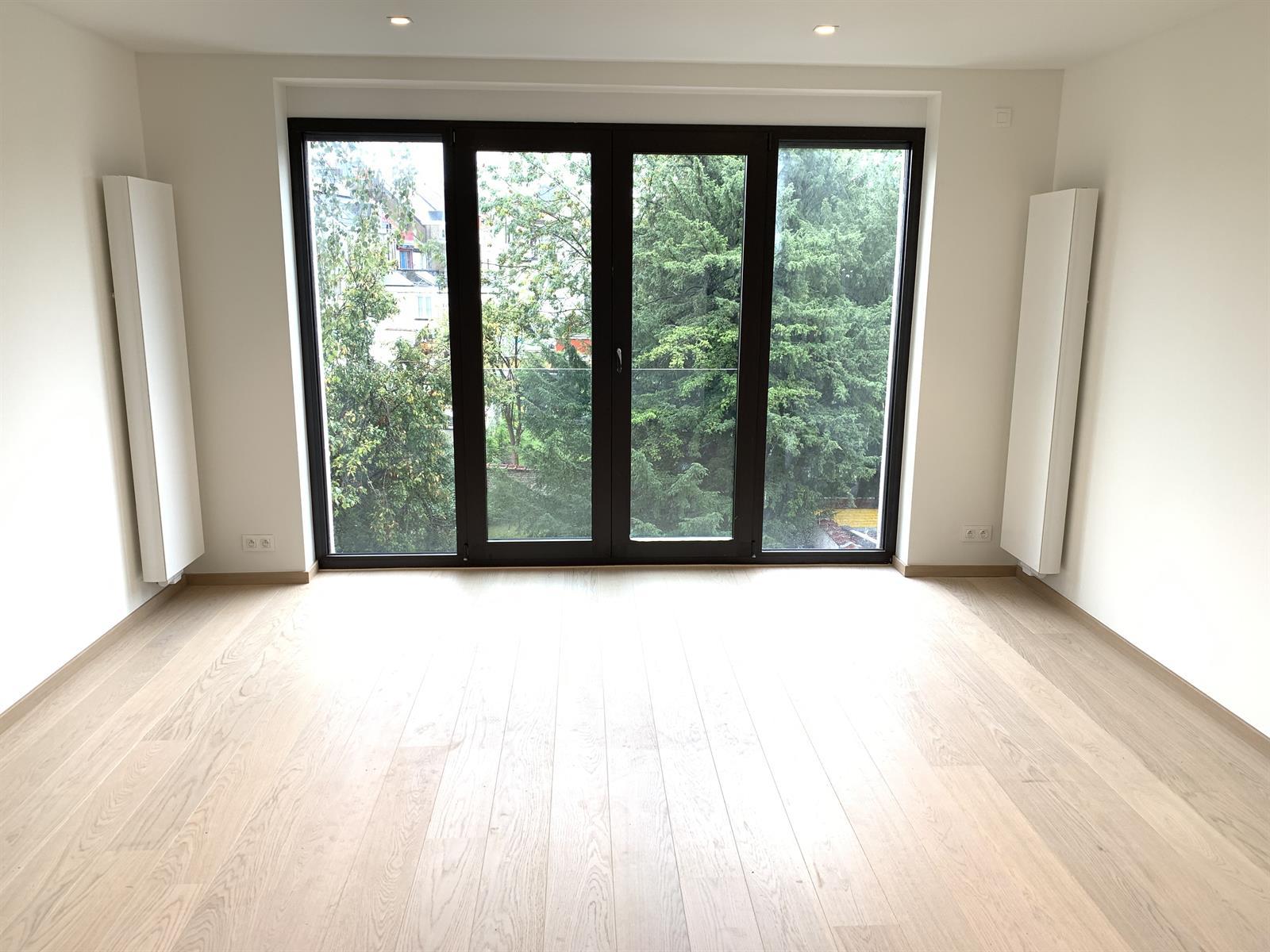 Flat - Ixelles - #4372445-1
