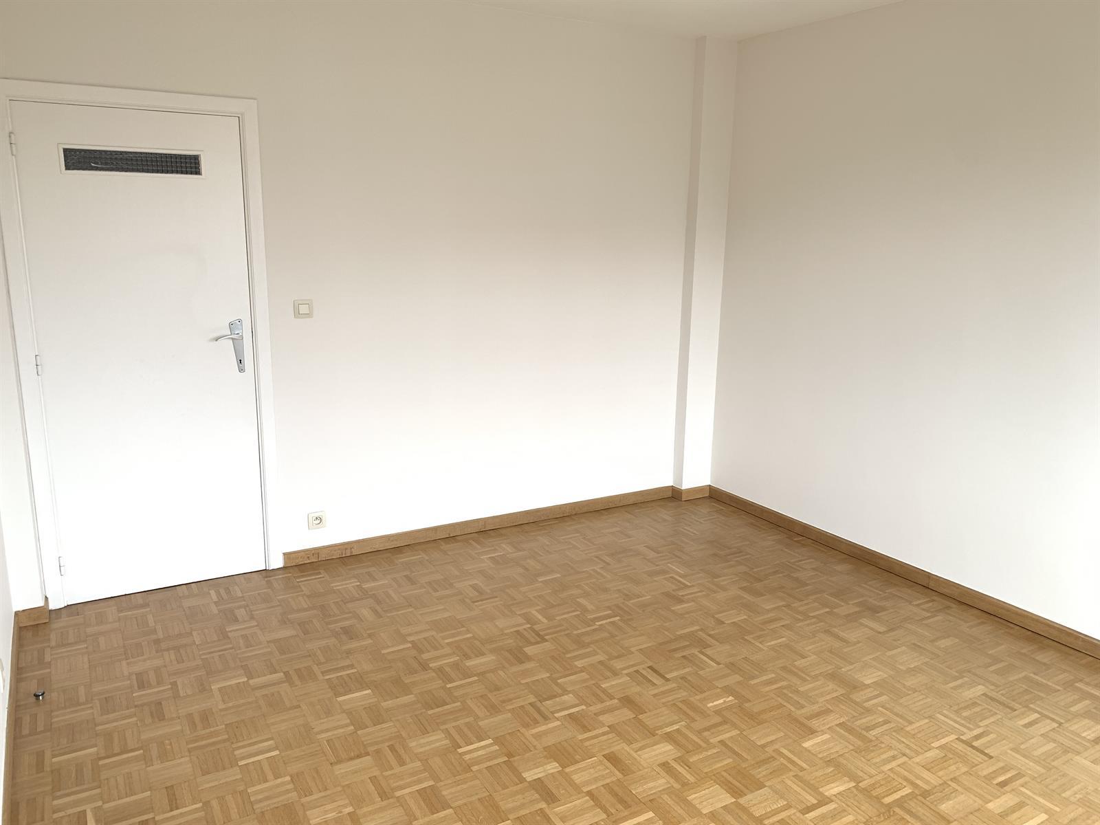Flat - Schaerbeek - #4394057-10
