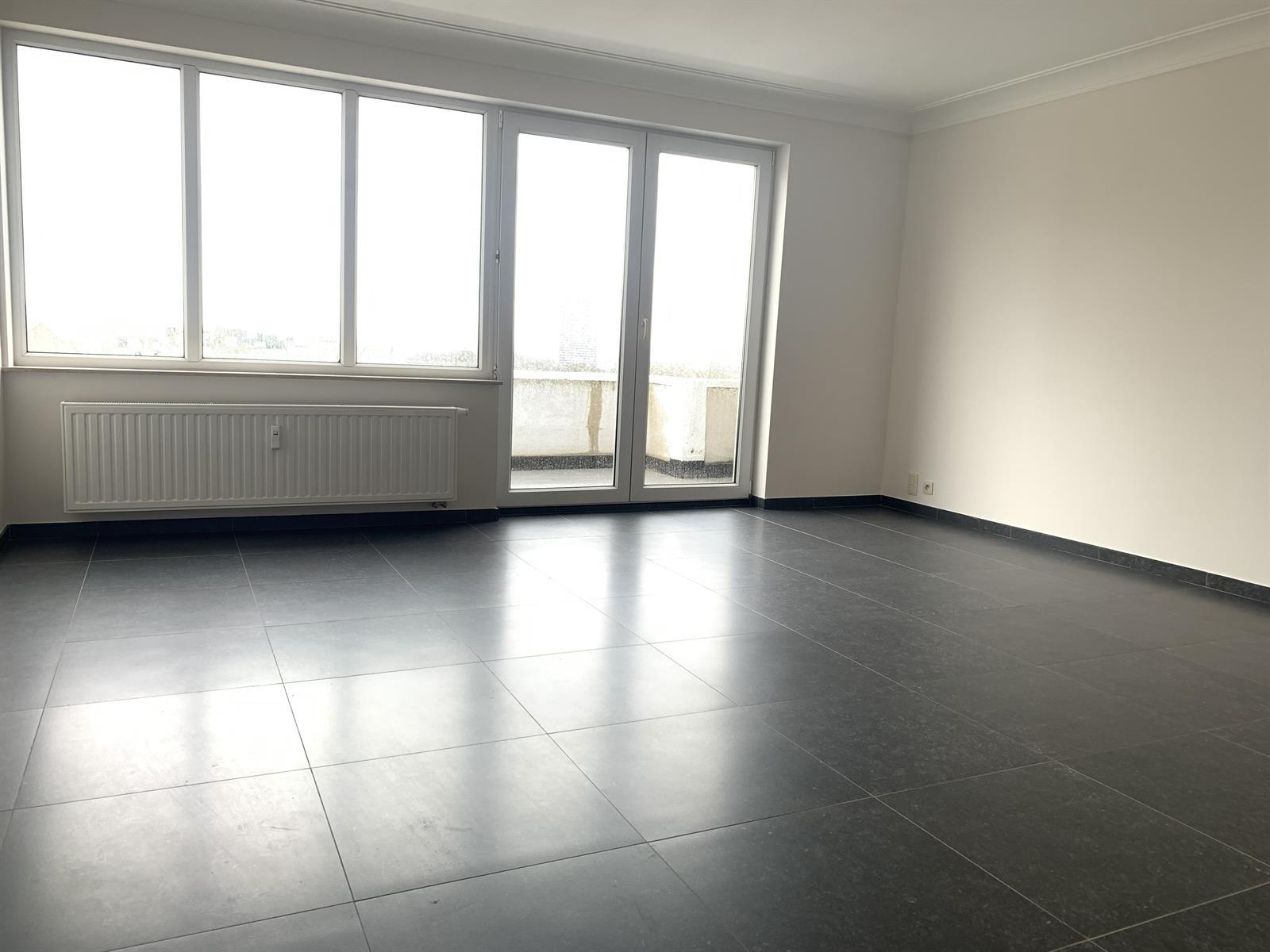 Flat - Schaerbeek - #4394057-2