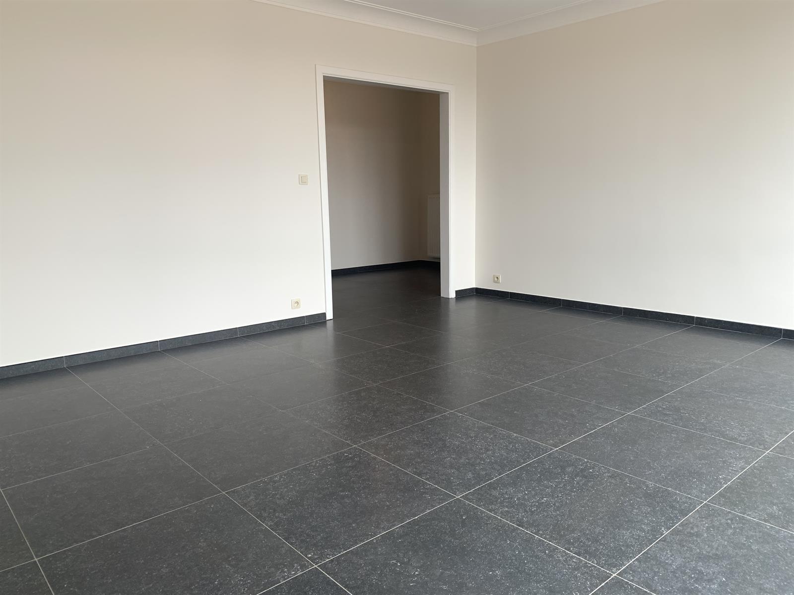 Flat - Schaerbeek - #4394057-3