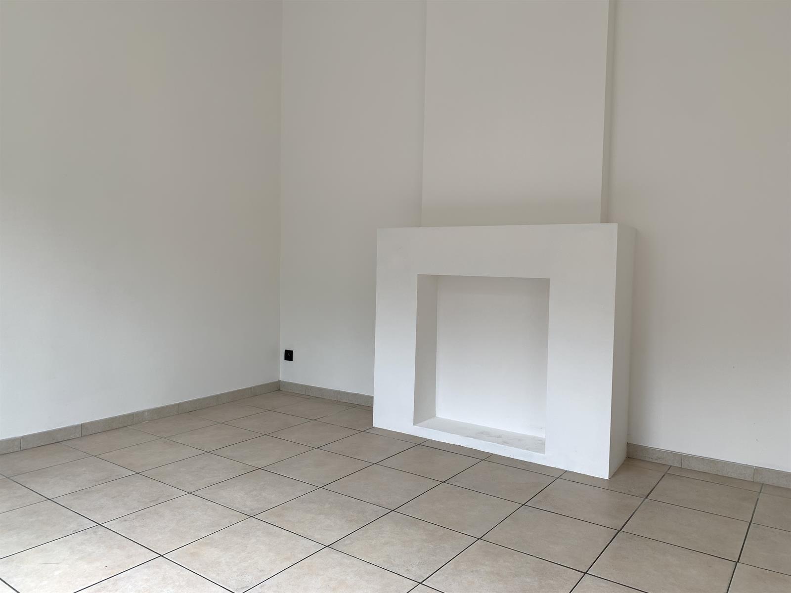 Maison de caractère - Court-St.-Etienne - #4454949-8