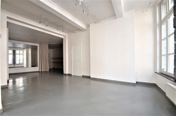 Rez commercial - Tournai - #3845759-3
