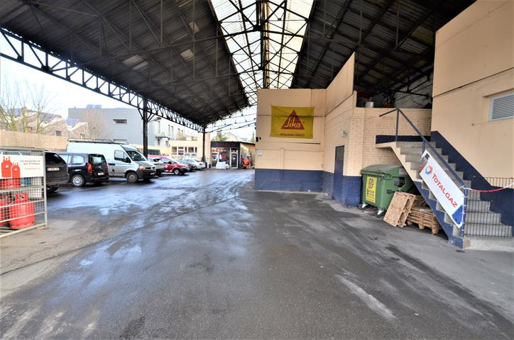 Immeuble commercial - Tournai - #4284529-0