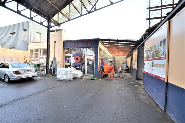 Entrepôt - Tournai - #4284545-4