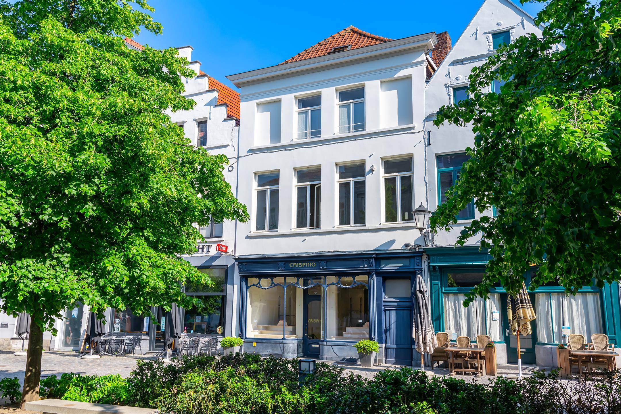 Gebouw voor gemengd gebruik - Mechelen - #4392202-0
