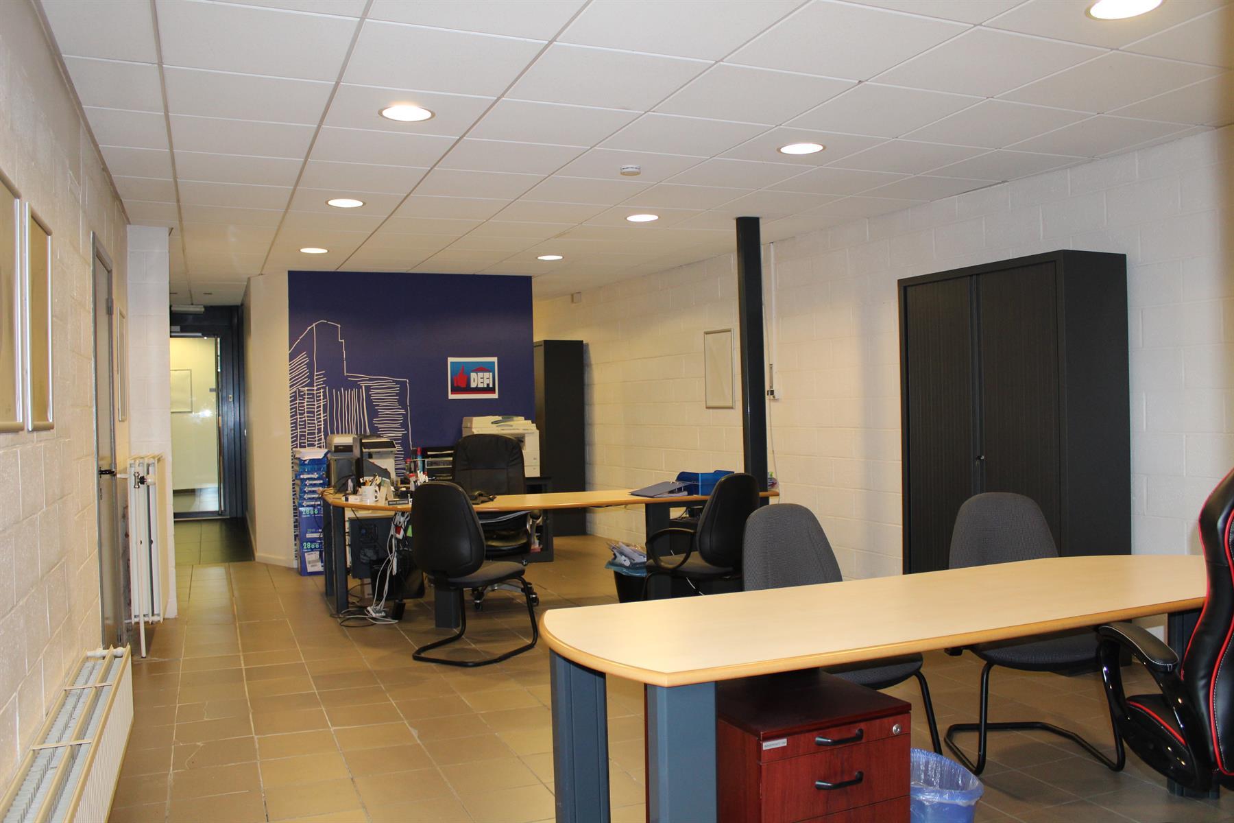 Immeuble de bureaux - Le Roeulx - #4403792-8