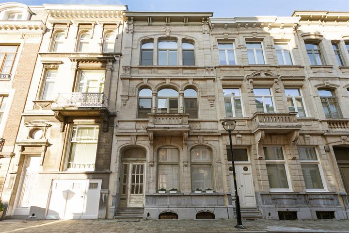 Makelaarskantoor De Meester, Huis|Herenhuis te 2600 Antwerpen Berchem