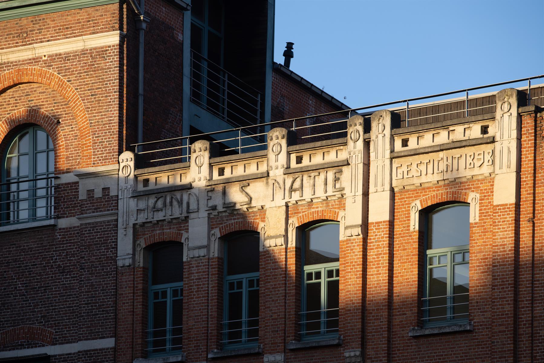 Makelaarskantoor De Meester, Appartement Loft te 2000 Antwerpen