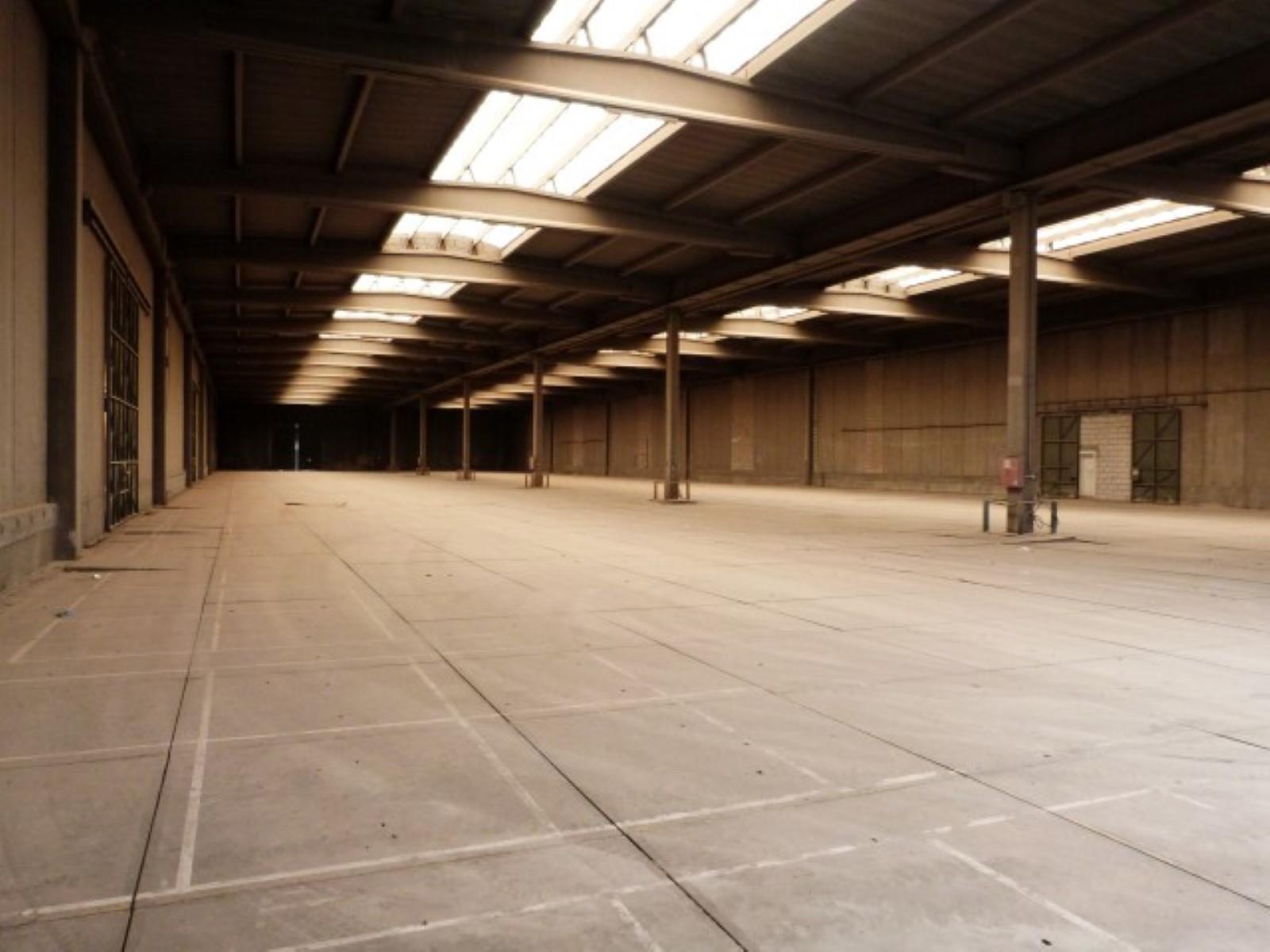 opslagplaats te huur Buitenterrein in de haven Antwerpen - Rostockweg 1, 2030, België 3