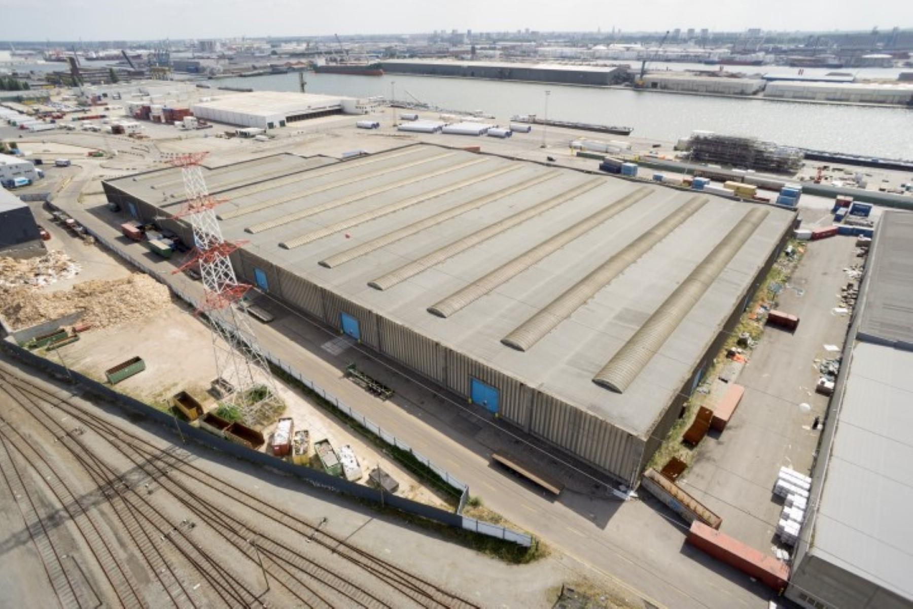 opslagplaats te huur Buitenterrein in de haven Antwerpen - Rostockweg 1, 2030, België 2