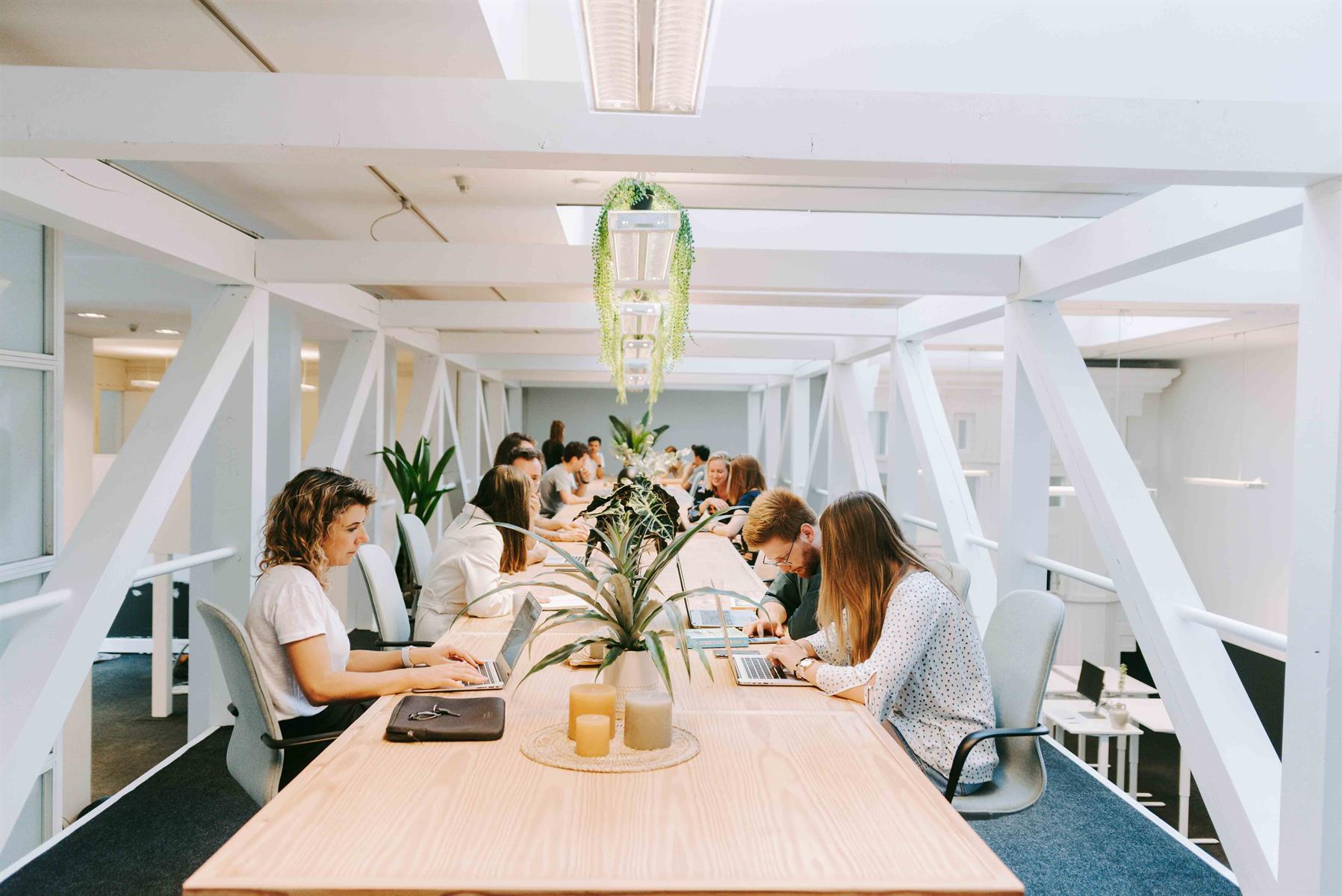 kantoor te huur Flexy - IJzerenpoortkaai 3, 2000 Antwerpen, België 1