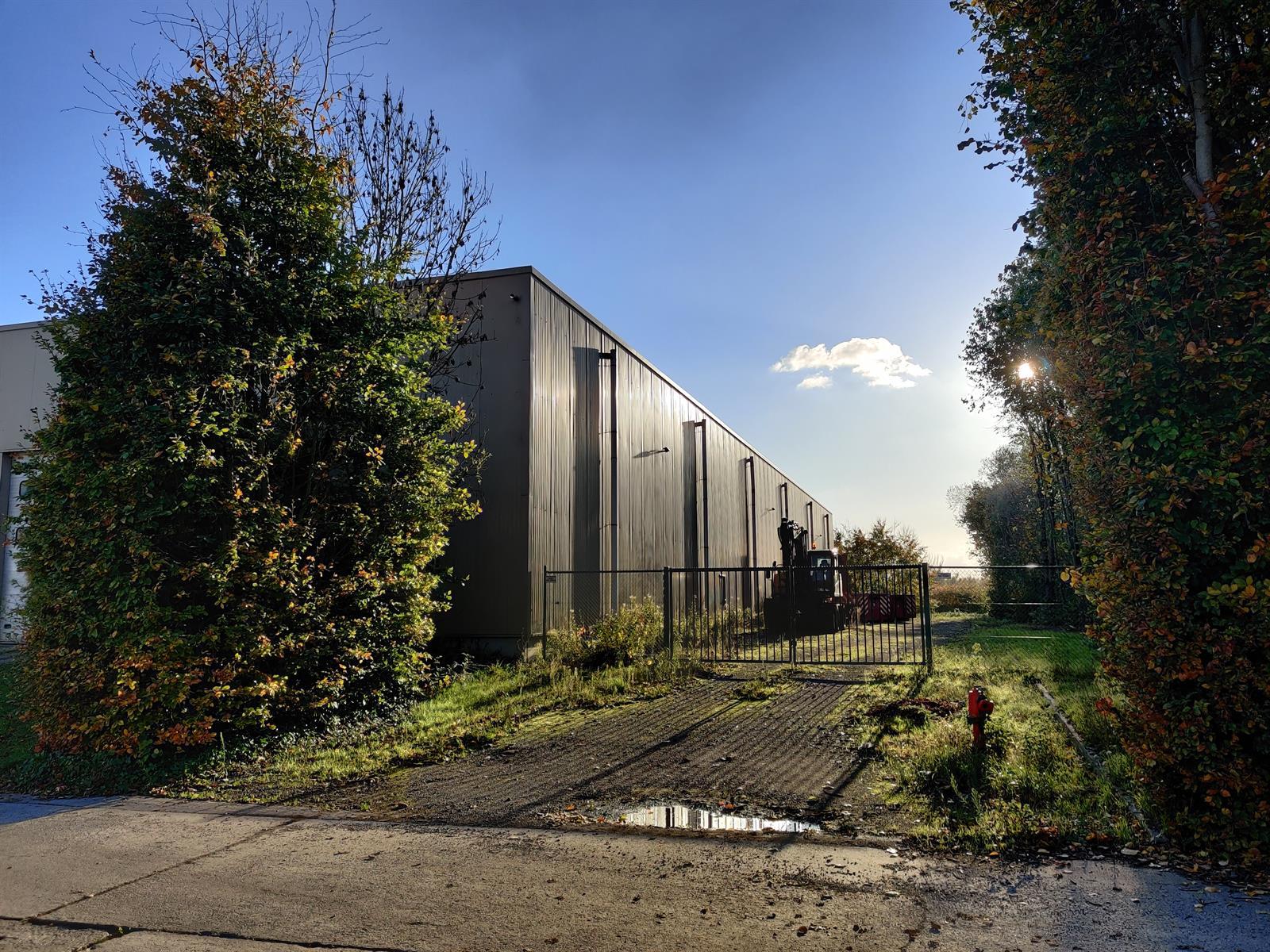 opslagplaats te huur TERHAGEN UNIT 3  MET LOADING DOCK - 2840 Rumst, België 2