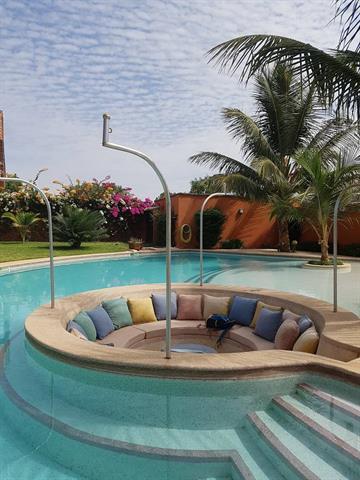 LOCATION ANNUELLE Proche golf agreable villa avec piscine