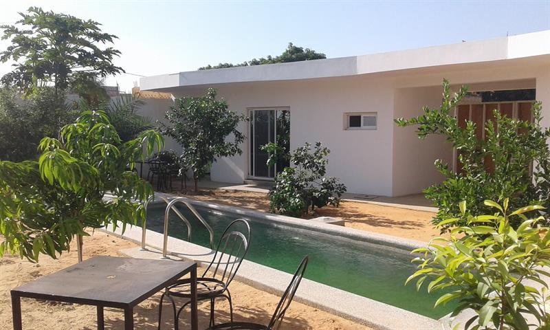 Location  Annuelle  Villa neuve avec 2 apparts  Piscine