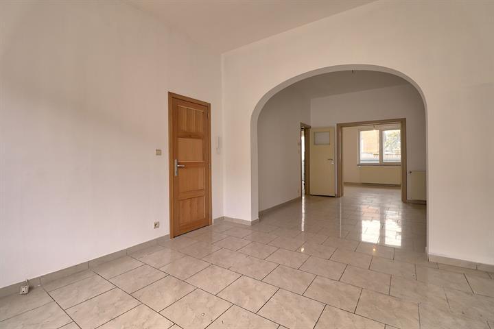 Immeuble à appartements - Molenbeek-Saint-Jean - #3571079-2
