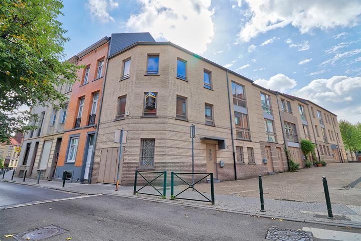 Maison - Molenbeek-Saint-Jean - #3627707-1