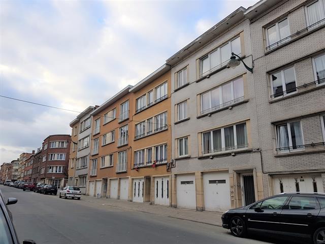 Gebouw voor gemengd gebruik - Molenbeek-Saint-Jean - #3638650-1