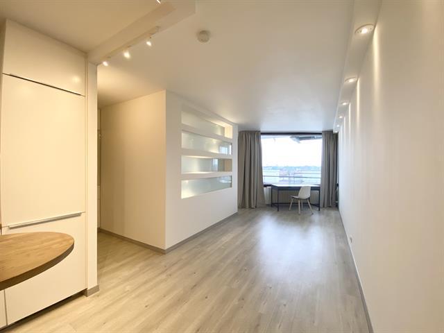 Appartement - Ixelles - #4400610-1
