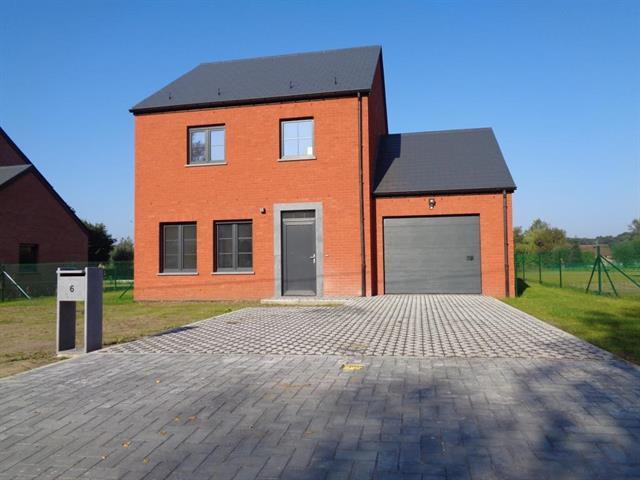 Nouvelle construction 3CH., jardin et garage
