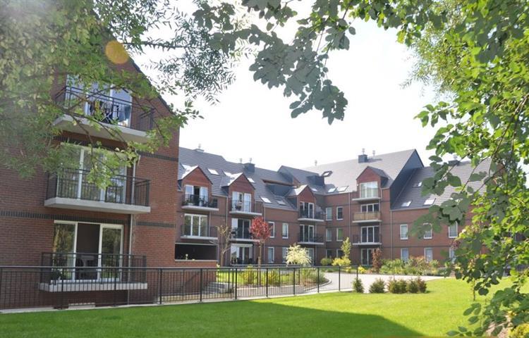 Bel appartement 2CH. avec balcon, cave et parking intérieur