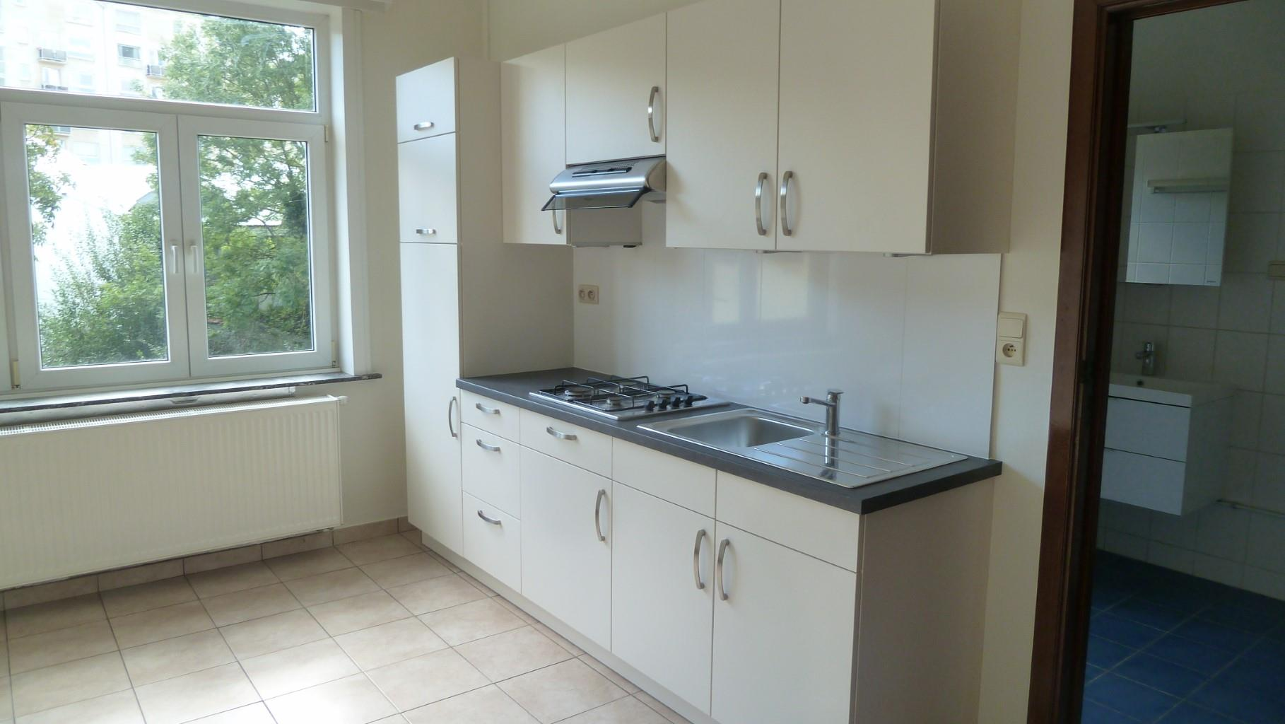 Flat - Sint-Lambrechts-Woluwe - #3185938-0