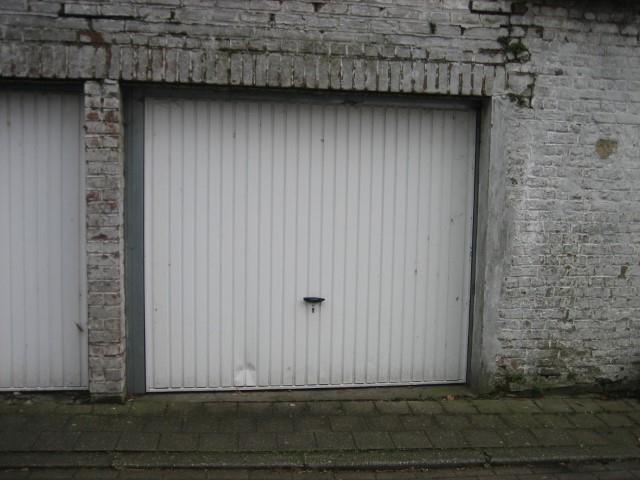 Gesloten garagebox - Outrijve - #3365117-1