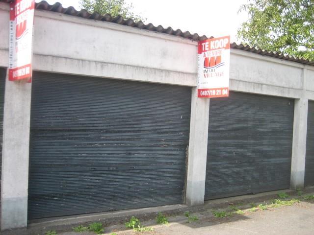 Gesloten garagebox - Celles Escanaffles - #3845937-2