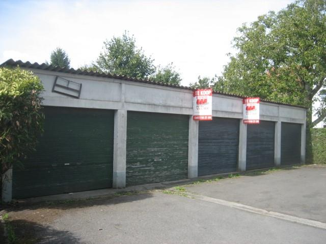 Gesloten garagebox - Celles Escanaffles - #3845956-1
