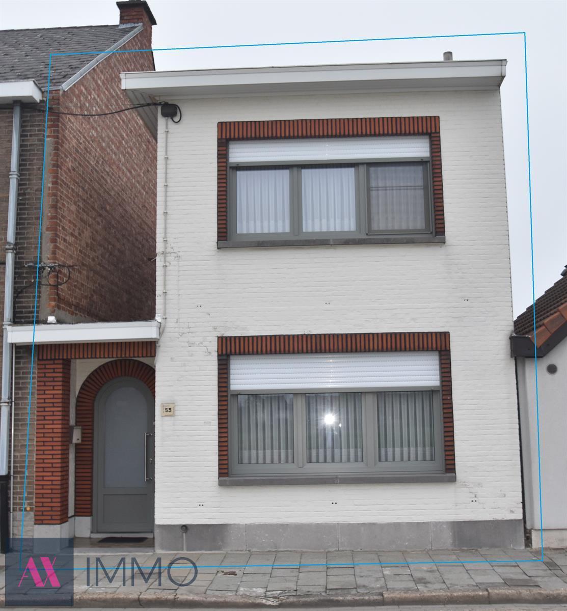 Instapklare woning met 2 slpk., terras en tuin op 02 are 26 ca, in de omgeving van het station van Dendermonde en AZ Sint-Blasius