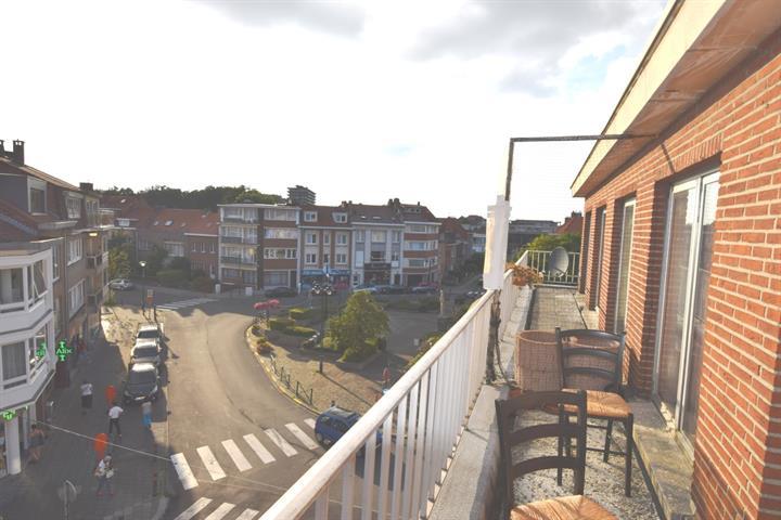 Flat - Woluwe-Saint-Pierre - #4135964-1
