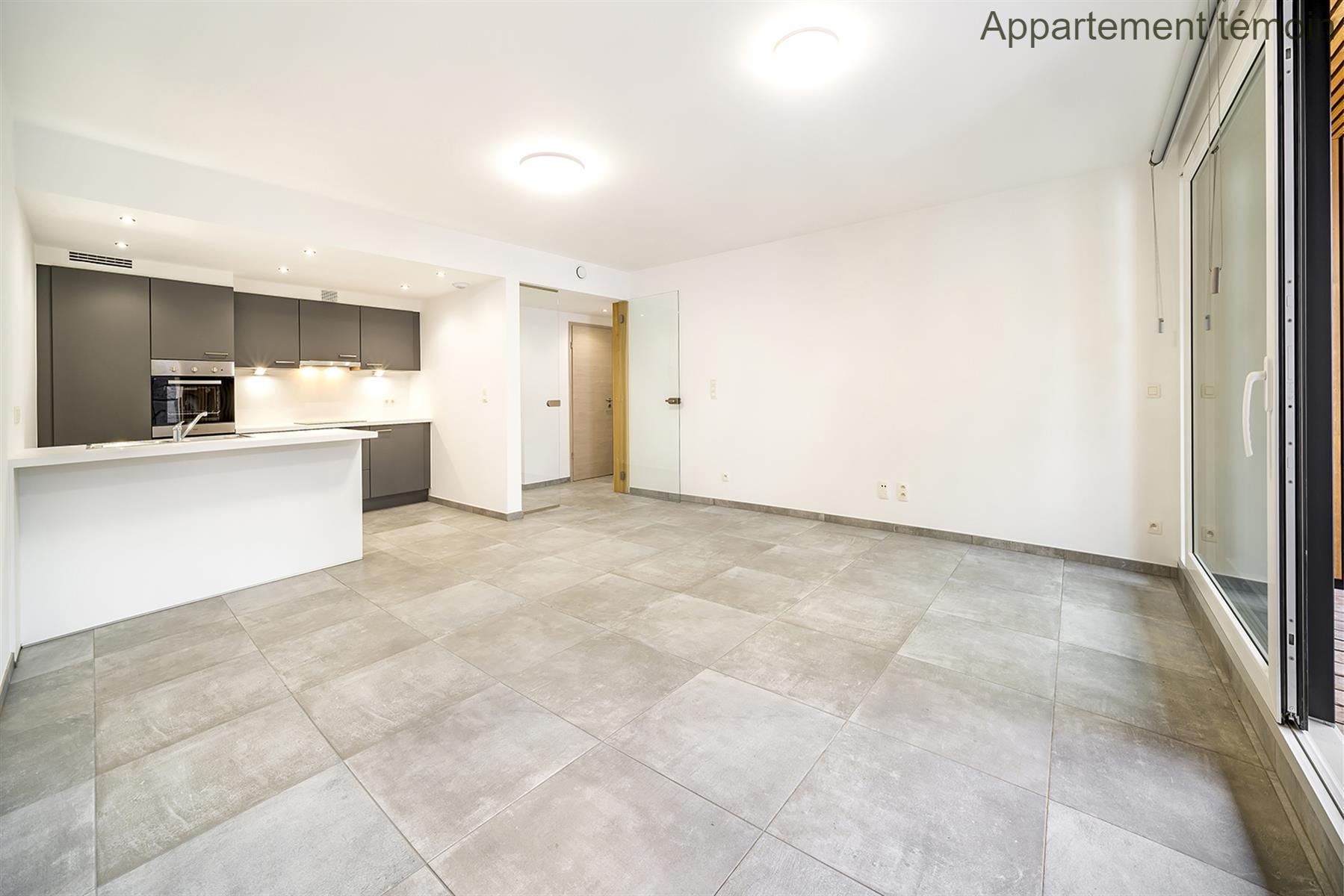 Appartement - Hannut - #3730193-11