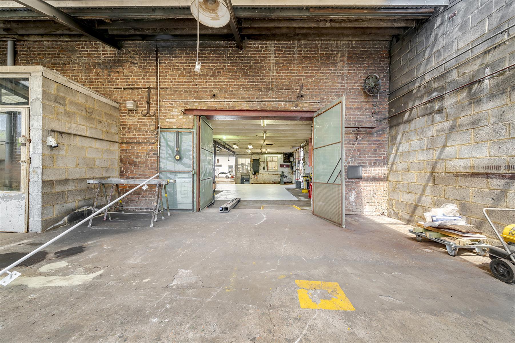 Atelier - Remicourt - #4086860-4