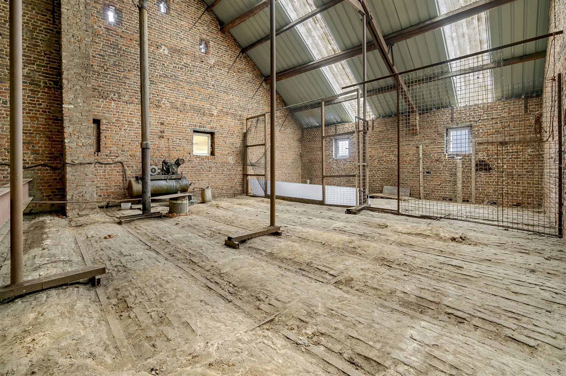 Atelier - Remicourt - #4086860-7