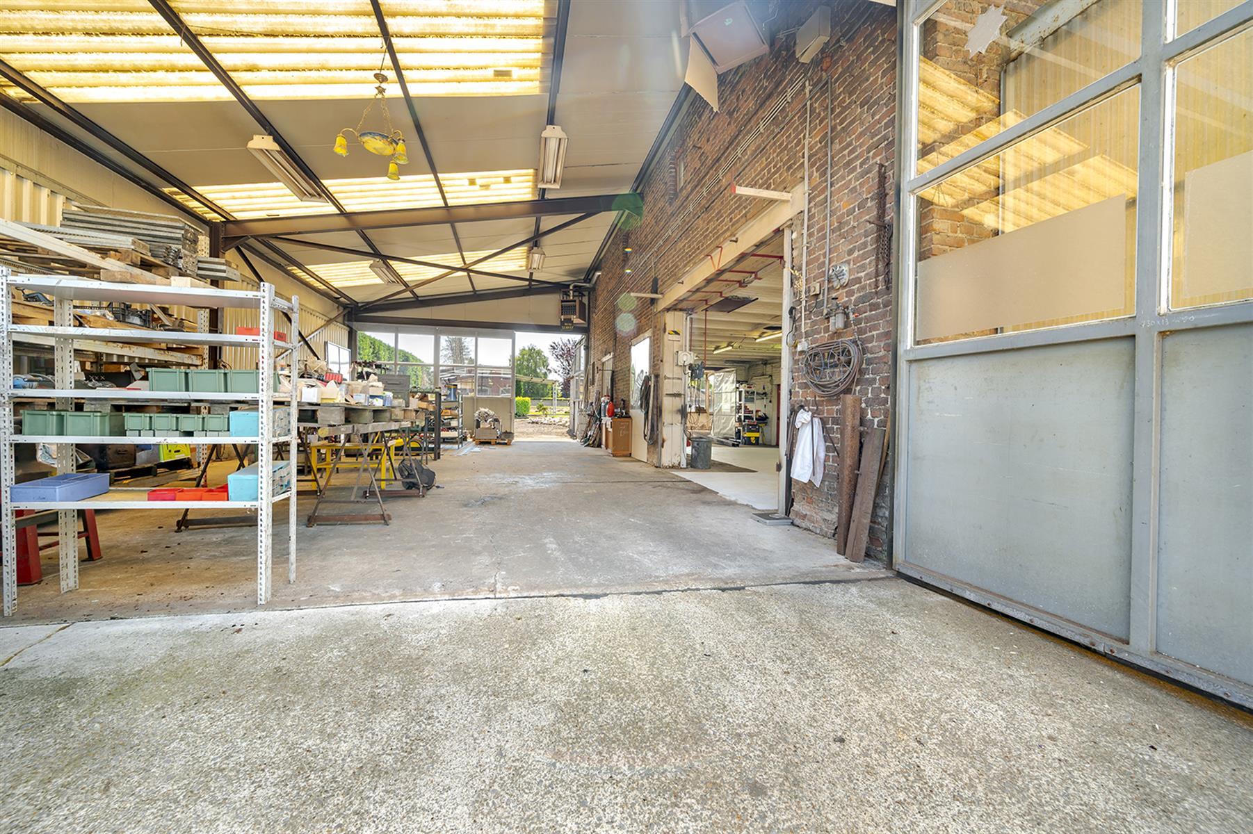 Atelier - Remicourt - #4086860-3
