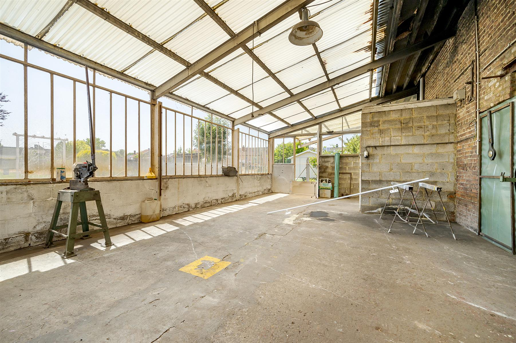 Atelier - Remicourt - #4086860-5