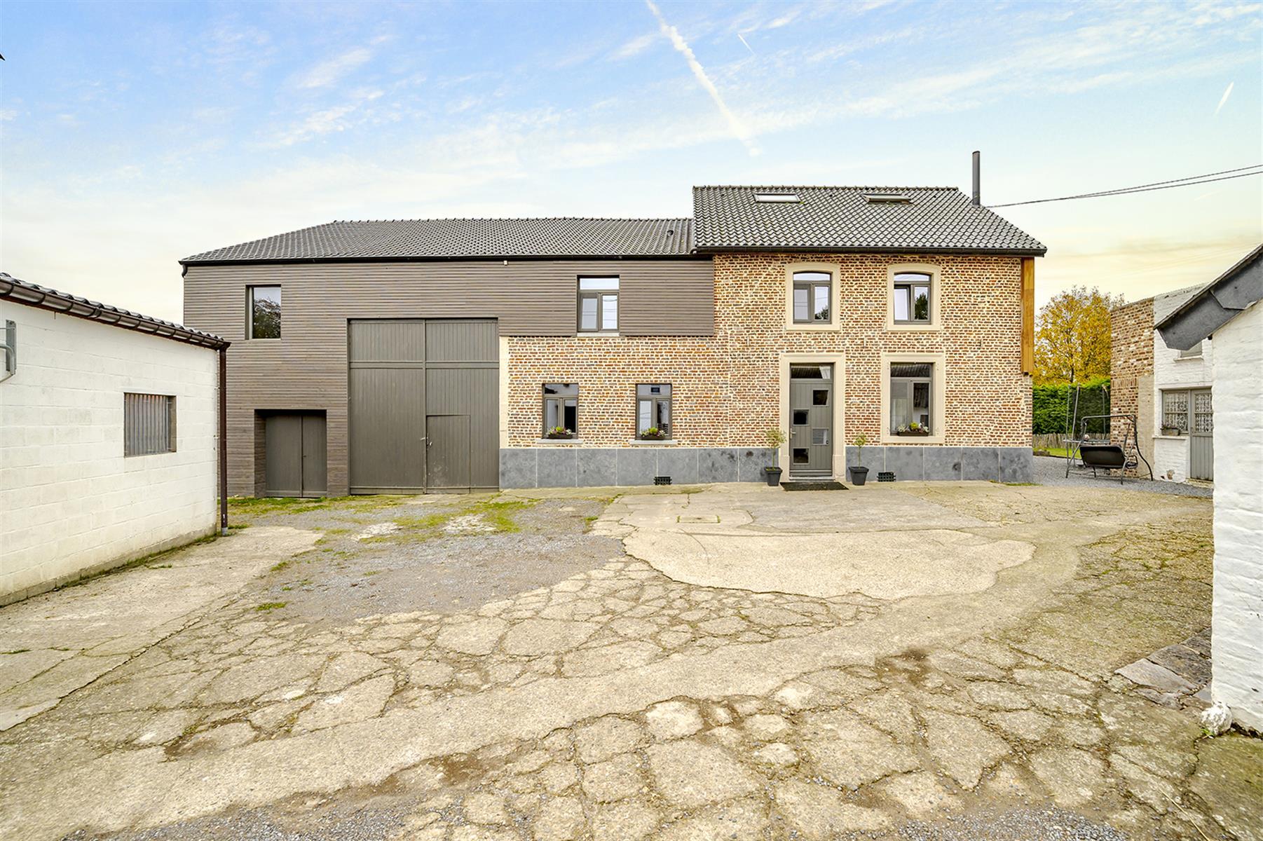 Immeuble mixte - Villers-le-Bouillet - #4221229-5