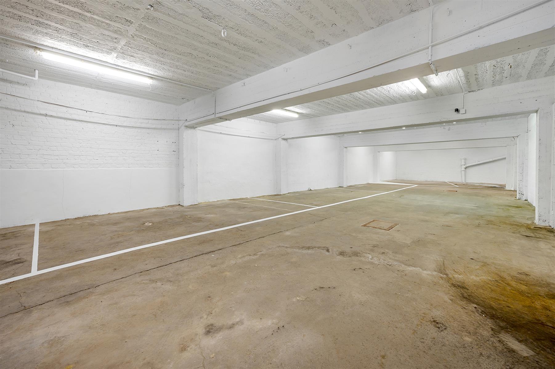 Parking intérieur - Waremme - #4280201-5