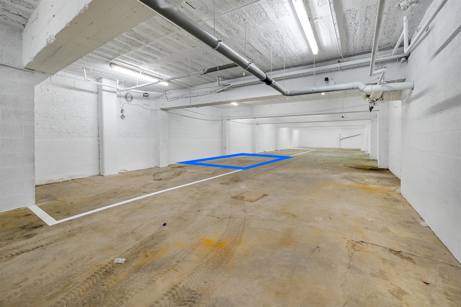 Parking intérieur - Waremme - #4280201-3