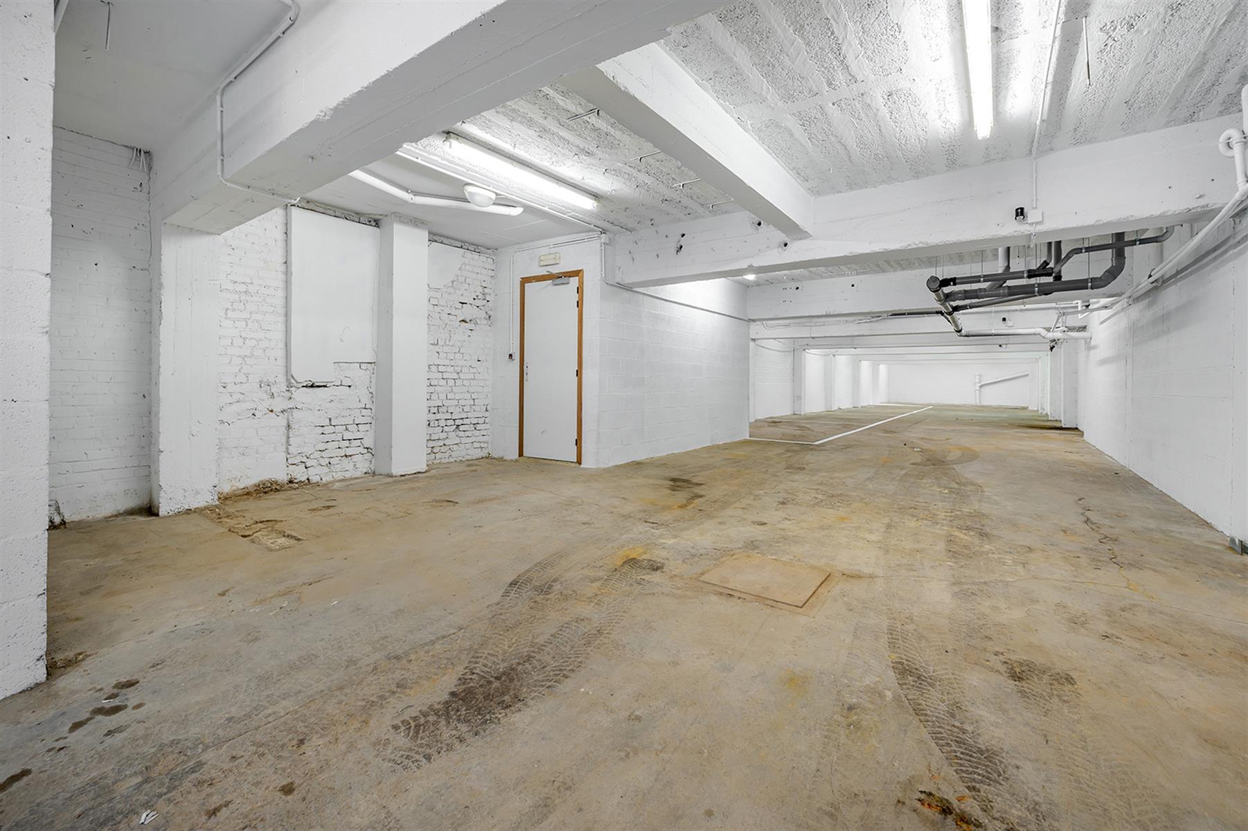 Parking intérieur - Waremme - #4280201-17