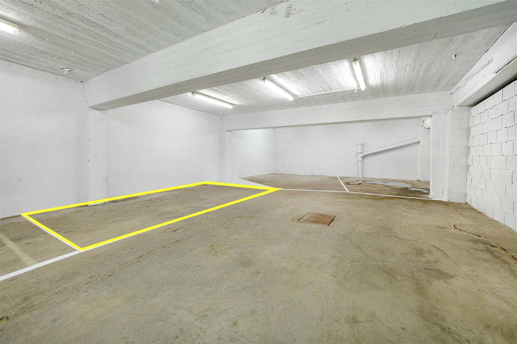 Parking intérieur - Waremme - #4280201-9