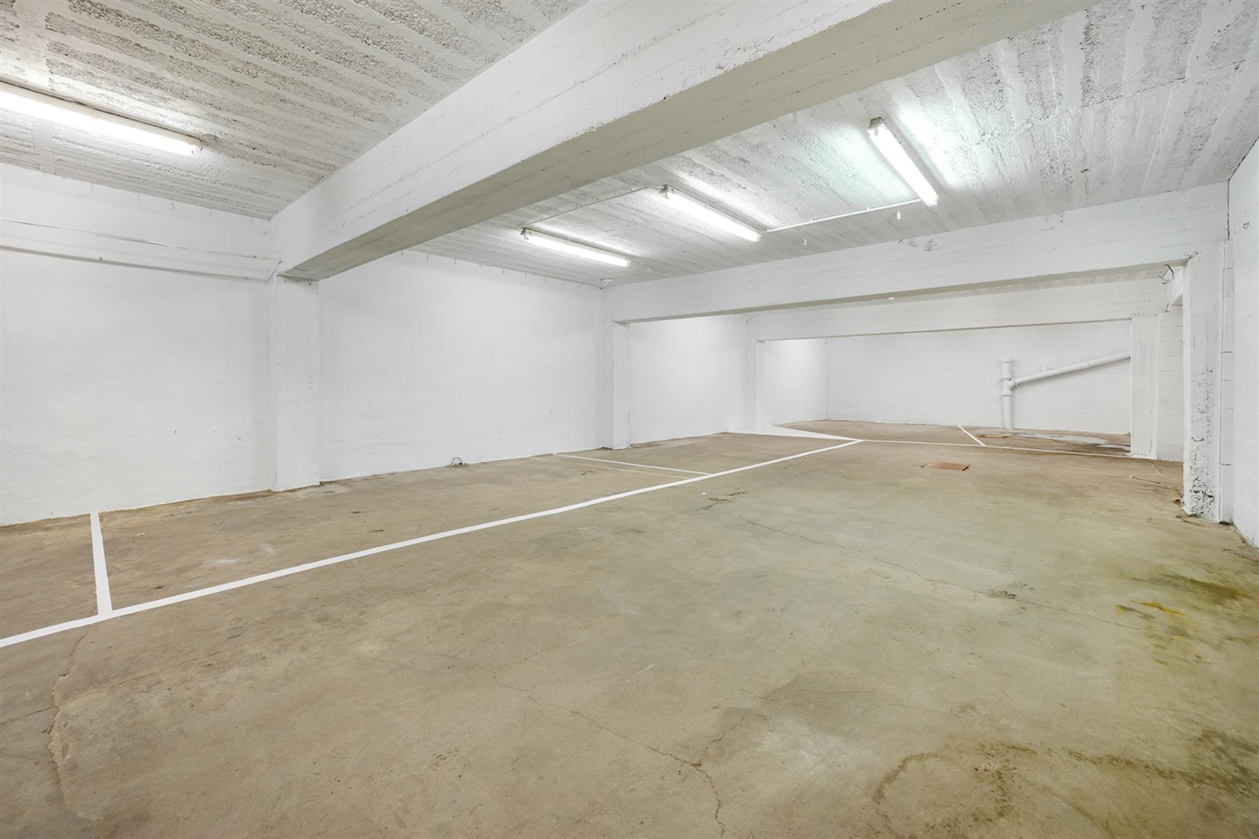 Parking intérieur - Waremme - #4280201-8