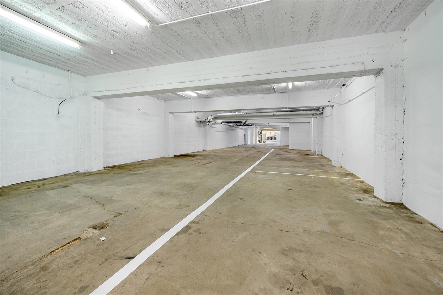 Parking intérieur - Waremme - #4280201-16