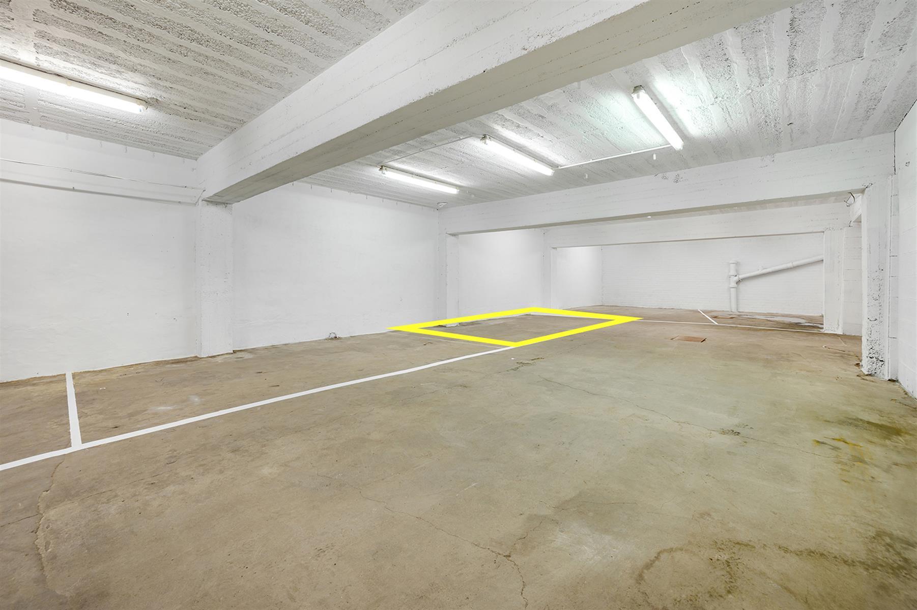 Parking intérieur - Waremme - #4280201-7