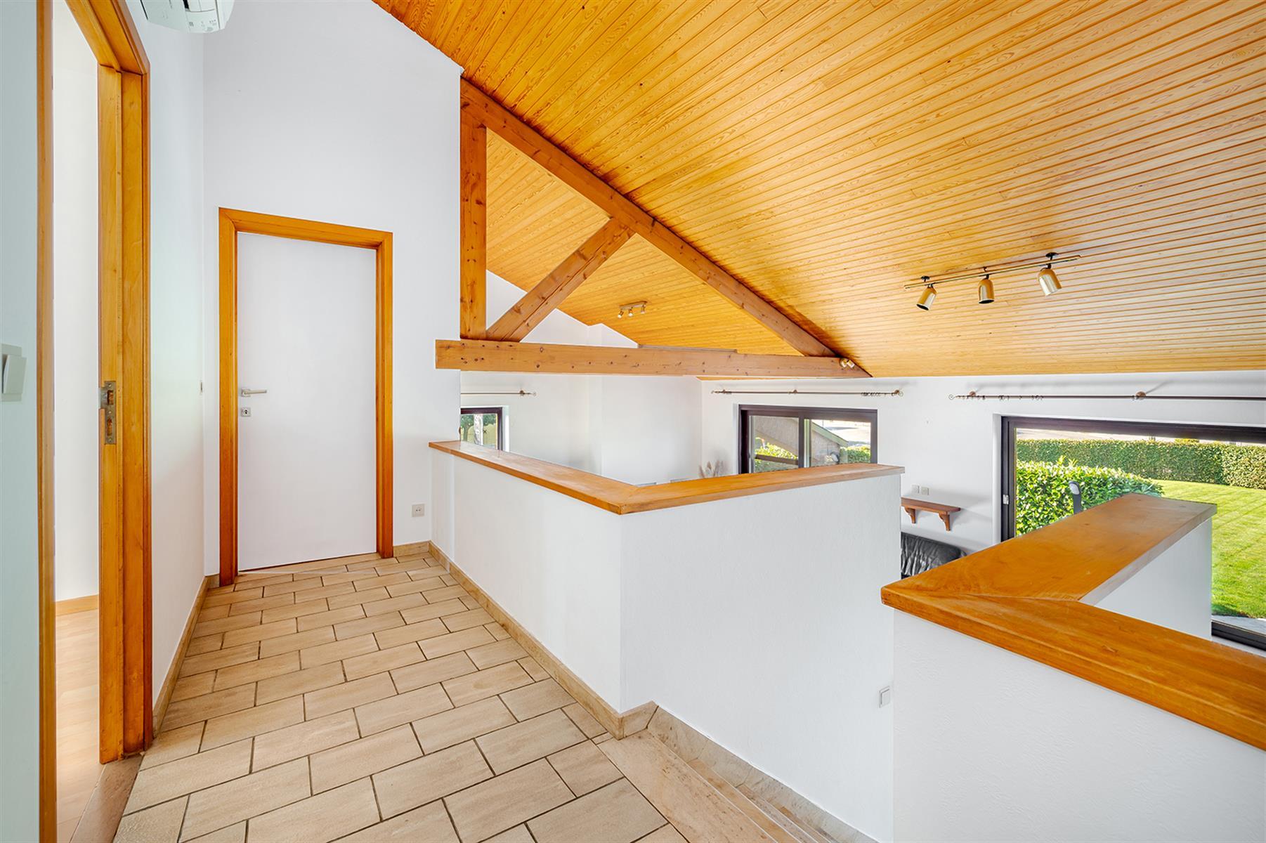 Villa - Geer - #4454579-12