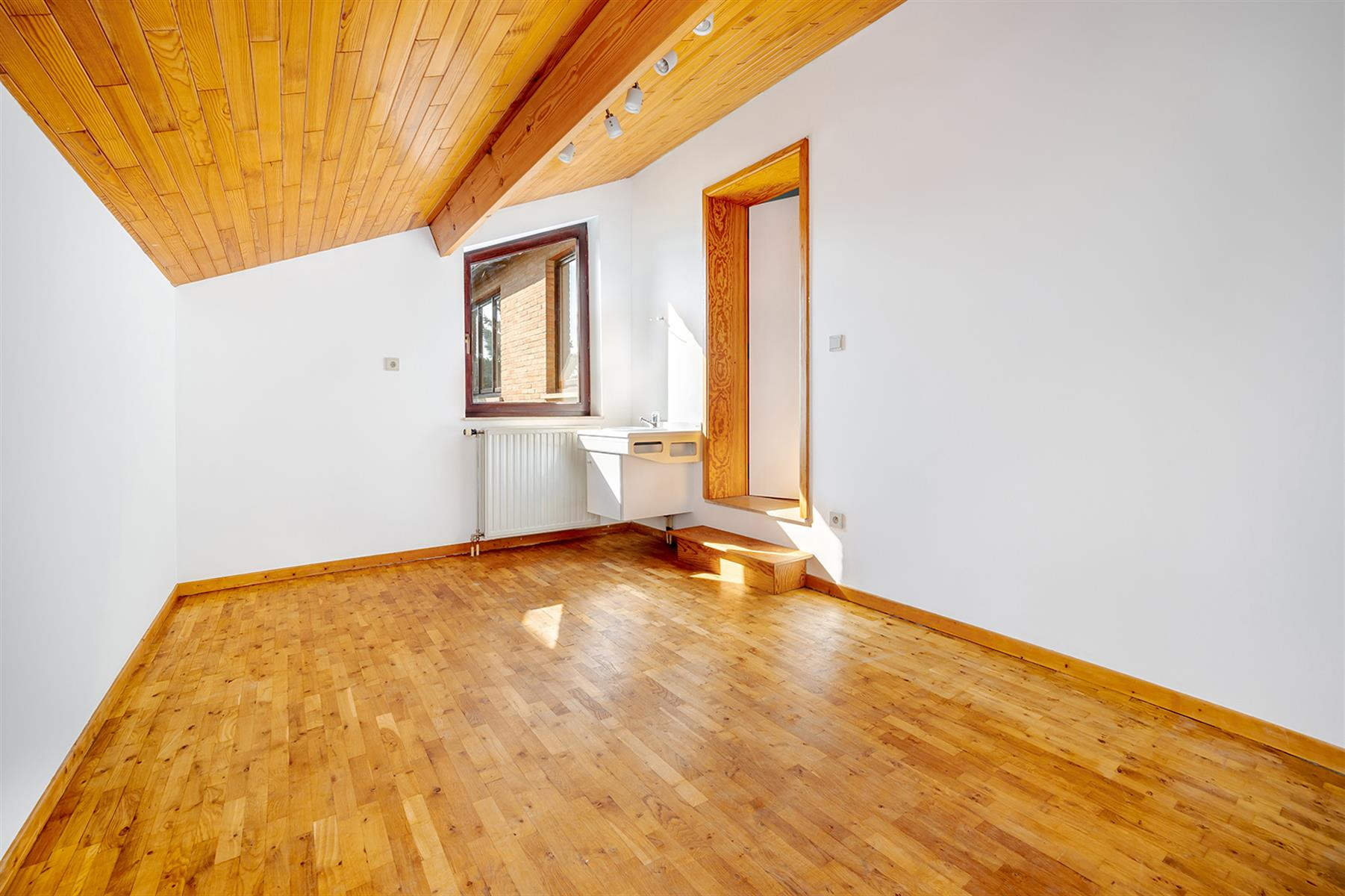 Villa - Geer - #4454579-16