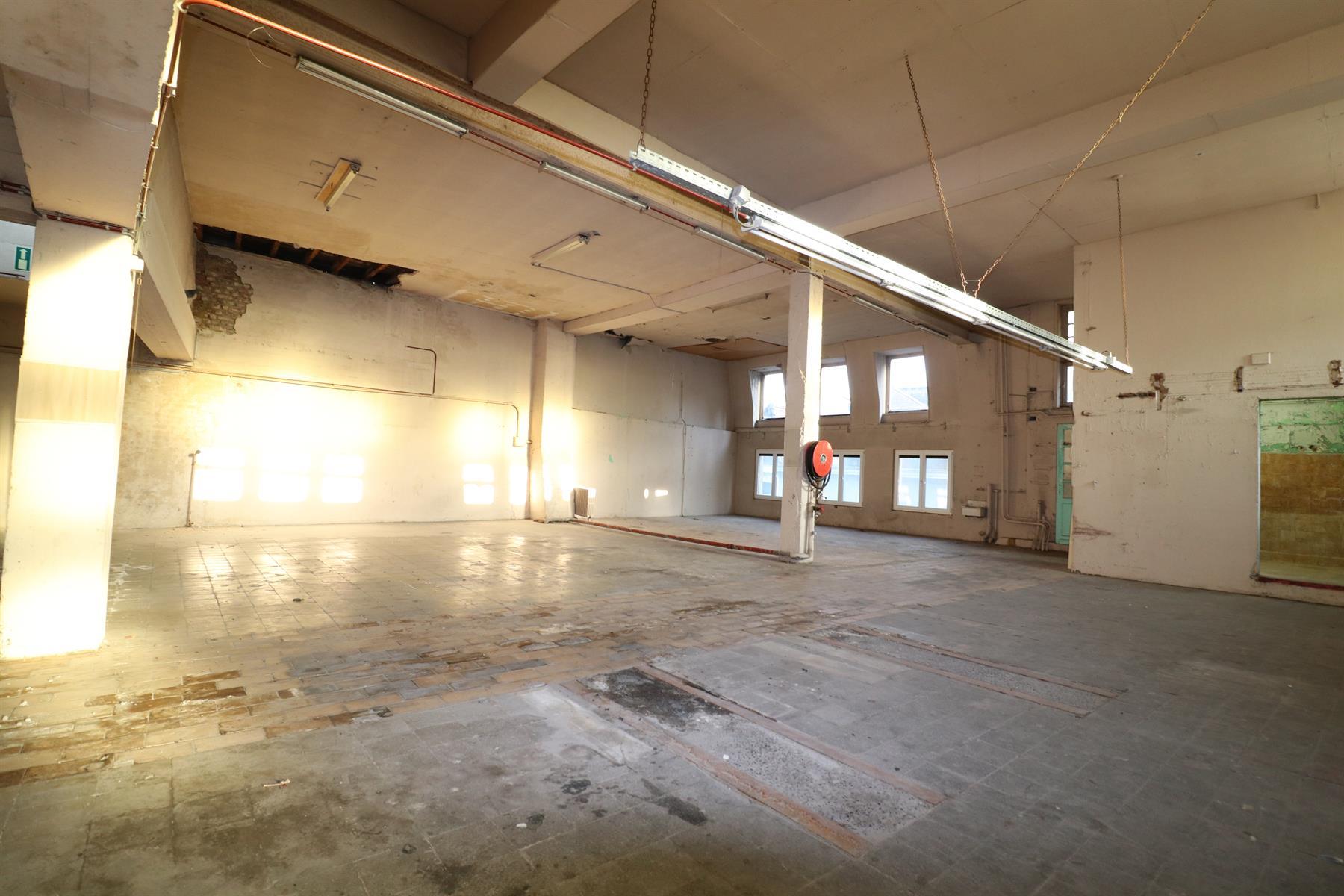 SITUATION RARE - Immeuble à rénover