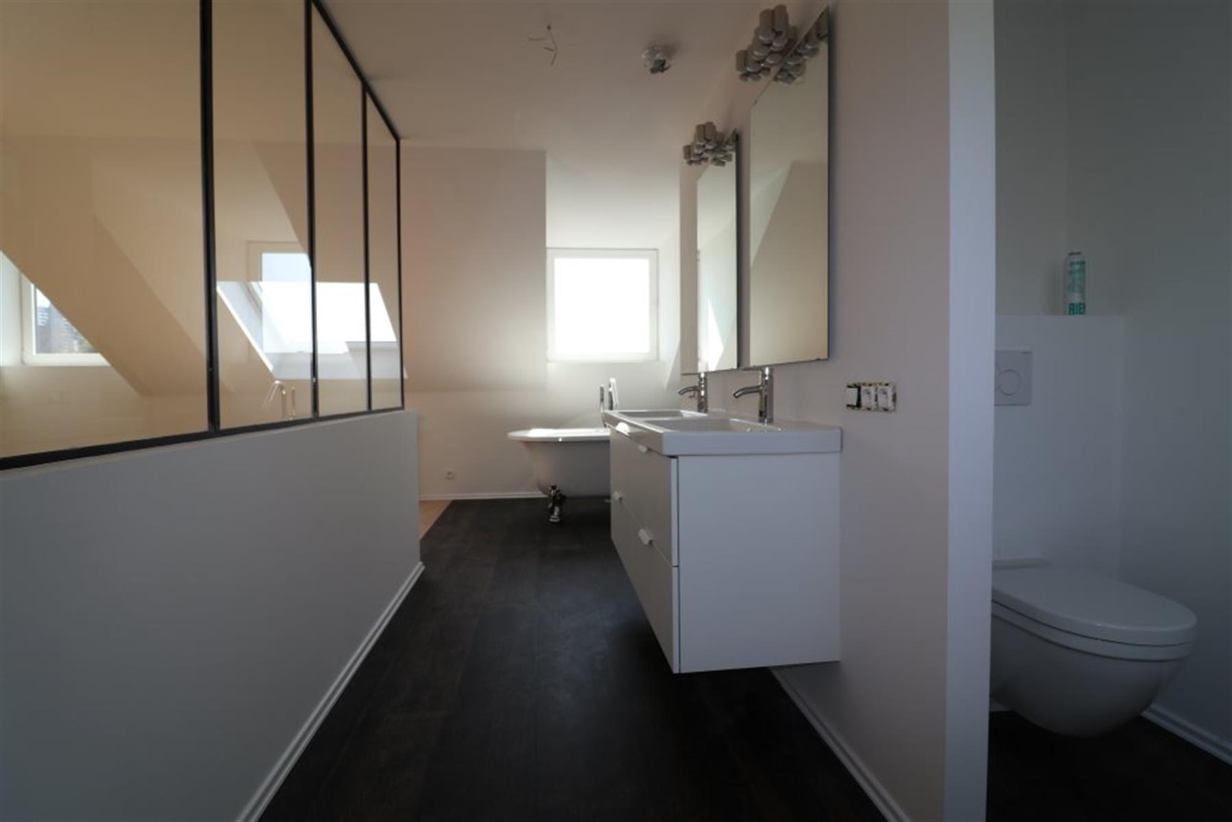 Duplex de 130 m² avec terrasse de 40 m² SUD-OUEST
