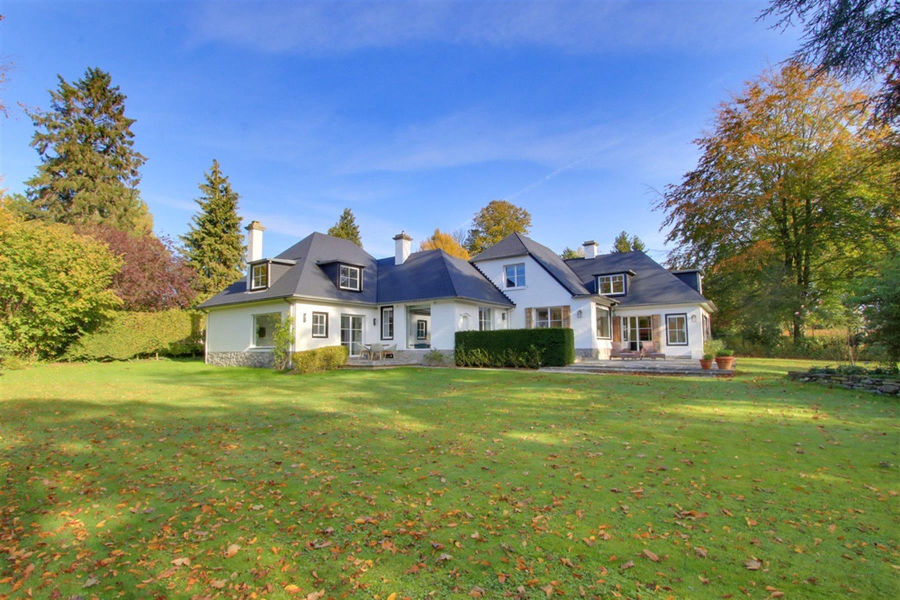 Magnifique villa dans un clos prisé de Kain !